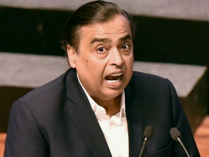 Mukesh Ambani Doesnt Have Salary Increment For The Last 11 Years