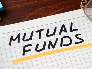 Mutual Funds Sugumaran Has 15 03 Lakh By His Sip Investment
