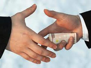 One Four Indians Have Paid Bribe Survey