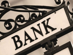 Rising Online Fraud Pushes Banks Seek Insurance Cover