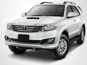 Toyota Compensate Owner With Rs 25 Lakh Fortuner Accident