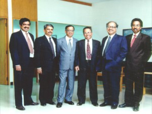 Infosys Founders Look Sell Shares Worth 1 1 Bn