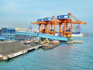 Private Sector Develop Two Ports Maharashtra Fadnavis