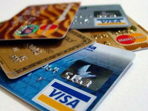 What Is The Difference Between Debit Card Credit Card