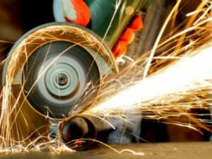 Factory Growth Dips On Weak Orders