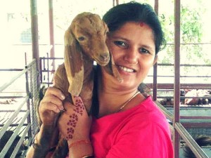 Fashion Designer Is Earning Lakhs Goat Rearing