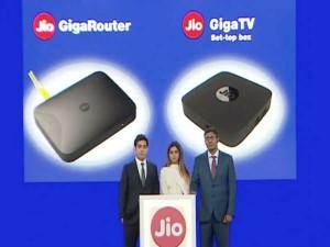 Reliance Jio Diwali Bash Jio Gigafiber Broadband Internet At Just Rs