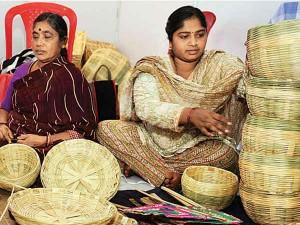 Window The World Amazon Sell Products Made Maharashtra S Self Employed Women