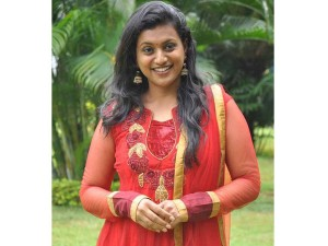 Actress Cum Mla Roja Opened Hotel Provide Food Rs 4 Her Consstituency