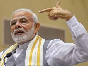 Pm Modi Invokes Rajiv Gandhi Attacks Congress Over 85 Per Cent Loot