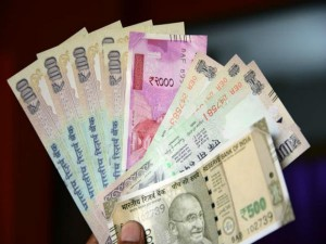 Indian 2000 500 200 Rupee Notes Banned Nepal