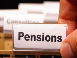 Employee Get 15000 Salaries A Month Eligible For Pension Supreme Court