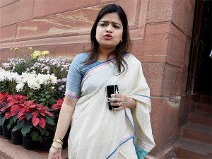 Poonam Mahajan S Assets Dip From Rs 108 Cr To Rs 2 2cr