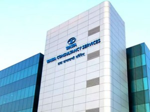 Tcs Employees Expects Big Gift But Company Given Just Wristwatches