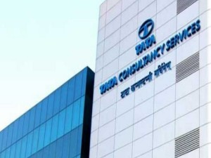 Tcs May Fetch The World Third Biggest It Company Title From Dxc