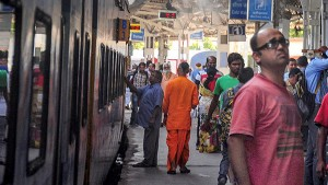 Railways Earned 140 Crore From Platform Tickets In Fy