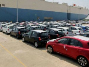 Automobile Sector Slowdown Tata Motors Maruti Suzuki Mahindra Stocks Fall