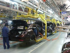 Auto Industry May Cut Further Production