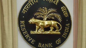 Rbi Clarifies On Free Atm Transactions