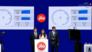 Reliance Jio Jigafibre Launch Blasting Offers To Catch Customers