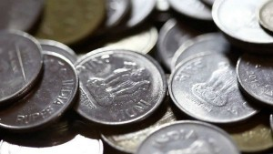 Rupee Paid In Coins For Honda Activa Counted 4 Hours