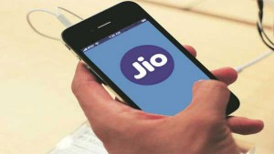 Reliance Jio Given 3 Gifts To Jio Users For This Festival Season