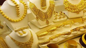 Gold Prices Today Touch Record High Increased Rs 2 000 Per 10 Gram In Just 4days