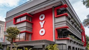Oyo May Lay Off 2 400 Employees In India