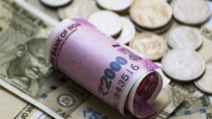 Indian Rupee Again Pulls Down Due To Weak Growth And Coronavirus Fears