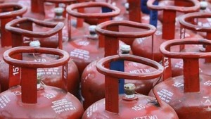 Non Subsidized Lpg Price Increased Up To Rs 149 Per Cylinder