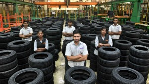 Apollo Tyres Top Management Will 15 25 Pay Cut