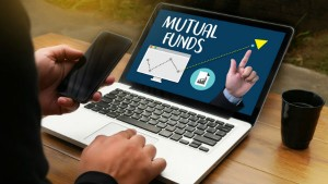 Mutual Fund Types And Its Monthly Returns For April