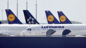 German Airline Lufthansa Layoff 22 000 Jobs To Go
