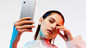 Xiaomi Oppo Turn To Imports For India As Local Chinese Plants Struggle