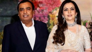 Mukesh Ambani S Reliance Industries Is Planning To Sell Retail Shares For New Investments